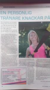 Läs artikeln om personlig träning hemma, mig och företaget i tidningen Hallå. Text och foto: Lovisa Dragstedt